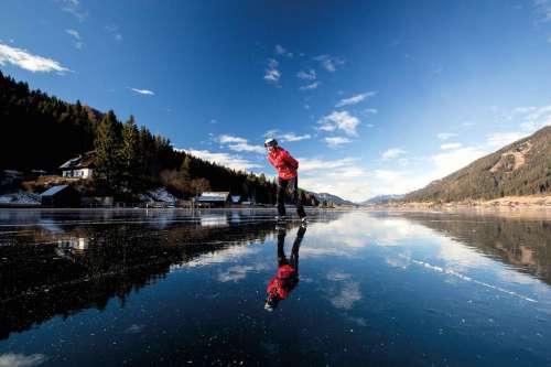 Eislaufen am weissensee - © weissensee.com