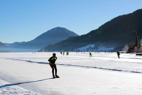 Eisschnelllaufwettbewerbe am Weissensee - © www.seehauswinkler.at