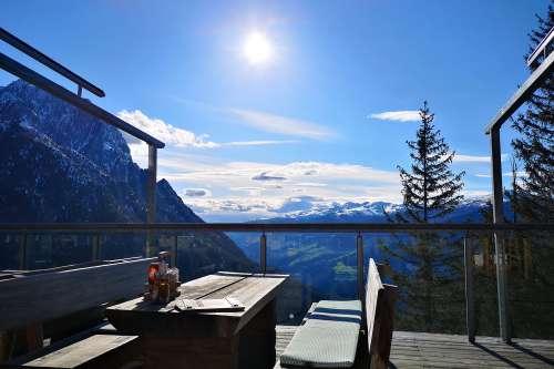 Dolomitenhütte in den Lienzer Dolomiten - © www.seehauswinkler.at