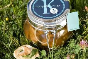der karpfen. aus dem weissensee ein sensationeller speisefisch und süß-sauer eingelegt eine delikatesse - © ferdinand neumüller